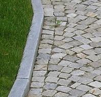 Pavimentazioni in pietra naturale arredo giardino for Arredo giardino in cemento